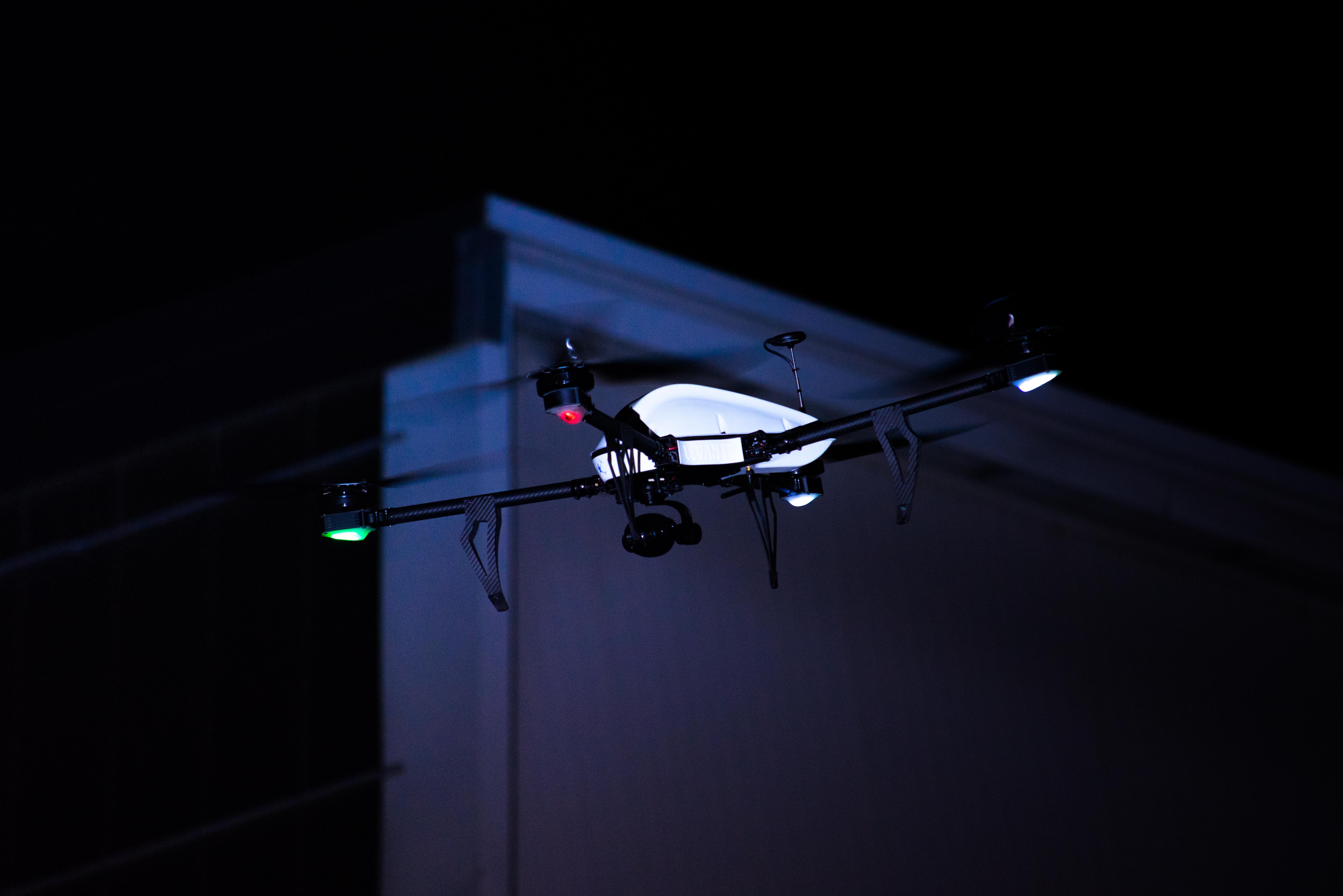ENAC e Italdron Academy: Pilotaggio APR VLOS in condizioni notturne