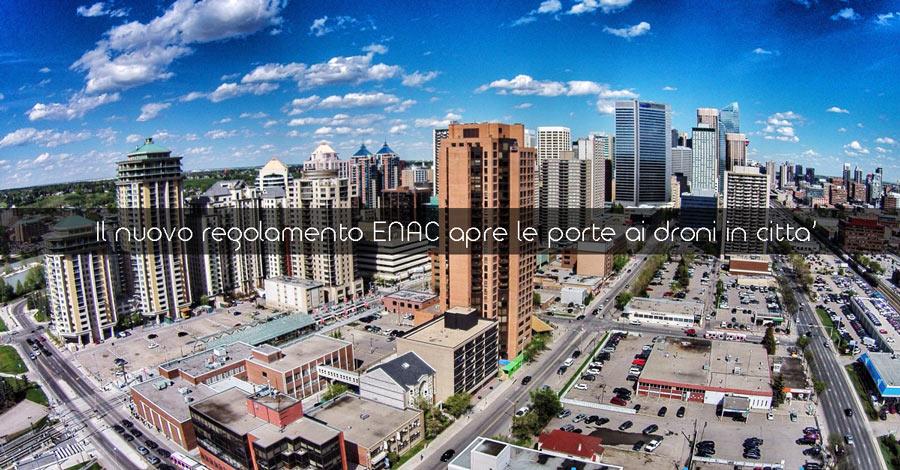 Il nuovo regolamento ENAC apre le porte ai droni in città