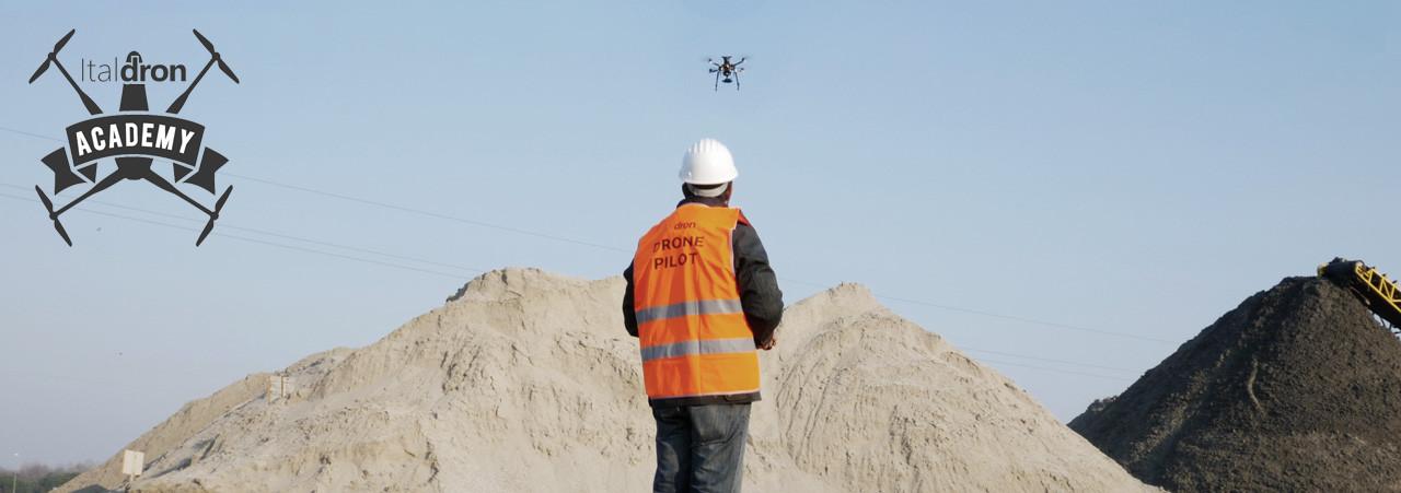 titan più patentino drone